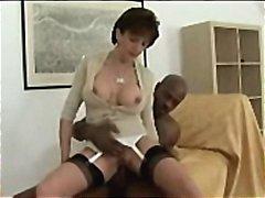 Porno: Interracial, Madre Que Me Follaría, Madura