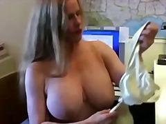 Porn: Milf, Joške, Amaterji, Rdečelaska