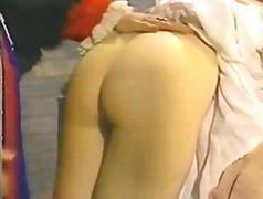 色情: 经典性交, 打屁股