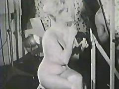 Porno: Suured Rinnad, Vintage, Nibud