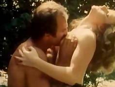 Porn: Հնաոճ, Մեծ Կրծքեր