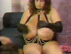 Porno: Bukuroshet Gjigante, Të Dala Mode, Cicëmadhet