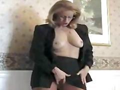 Porno: Amatöör, Sõrmega, Sukad