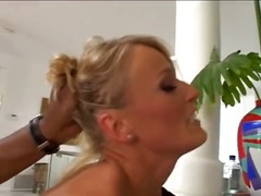 Porno: Pornozvaigznes, Anālais, Blondīnes, Čehietes