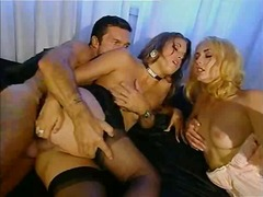 Porno: Anale, Threesome, Hollopke