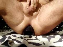 mega v analu