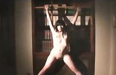ポルノ: サディズム & マゾヒズム, アジア人
