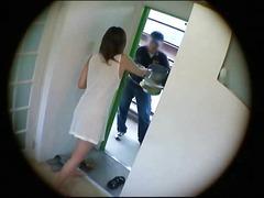 Porr: Asiatiska, Offentligt, Blottande