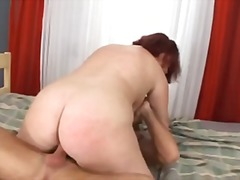 Porn: Kosmata Muca, Debela Dekleta