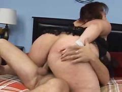Porno: Resnas Meitenes, Smagais Porno, Lieli Pupi