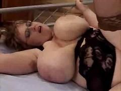 Porno: Gombullar, Ağır Sikişmə, Böyük Döşlər
