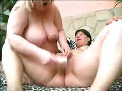 Porno: Lezbiket, Bukuroshet Gjigante