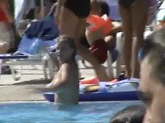 Porno: Paplūdimyje, Paslėpta Kamera, Krūtys