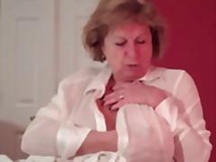 Porno: Böyük Döşlər, Yaşlı, Döş Giləsi