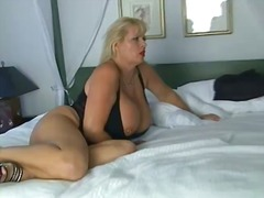 Porn: Velike Joške, Milf, Starejše Ženske