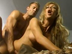 Pornići: Velike Sise, Mamare, Plavuše