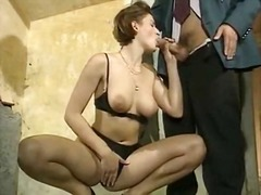 Seks: Toket Besar, Jembut Tebal, Orang Perancis