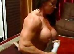 Porno: Böyük Döşlər, Şillələmək, Qadın Kişini