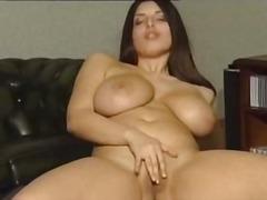Porno: Wielkie Cycki, Piersi, Masturbowanie