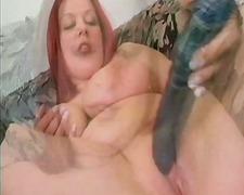 پورن: پستان گنده, موقرمز, ستاره فیلم سکسی