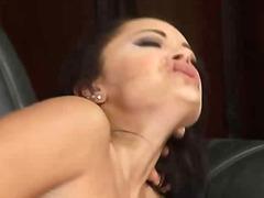 Porn: Հարդքոր, Մեծ Կրծքեր