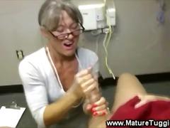 Porn: Samozadovoljevanje, Fafanje, Milf, Starejše Ženske