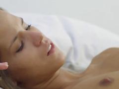 Porn: बिस्तर, आकर्षक महिला, किशोरी