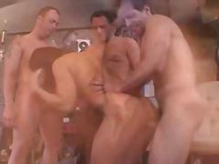 Porno: Dubultā Drāšana, Grupas