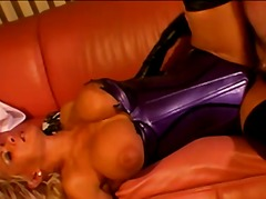 Porno: Fétichisme, Blondes, Masturbation, Latex