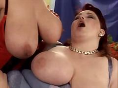 Porno: Cicëmadhet, Milf, Lezbiket