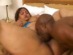Porno: Brunette, I Ansiktet, Oralsex, Avsugning, Suge