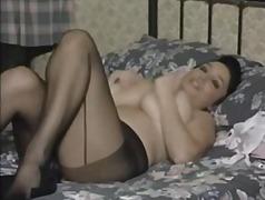 Porn: मूठ मारना, नायलान, बड़े स्तन, ब्रिटिश