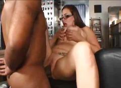 Pornići: Naočale, Velike Sise, Hardcore, Brineta