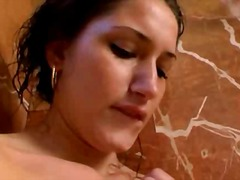 Pornići: Masturbacija, Tuš, Brineta, Oralno