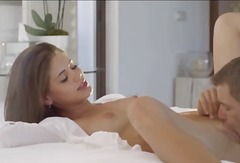 色情: 肛交, 褐发女郎, 漂亮宝贝