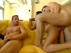 Porno: Ikiqat, Amcıq, Çalanşik, Model