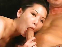 Porr: Synvinkel (Pov), Asiatiska, Ansiktsprut, Avsugning