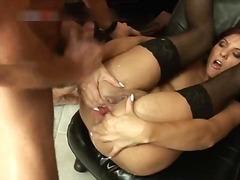 Porn: Rjavolaska, Fisting, Trojček, Zunanji Izliv