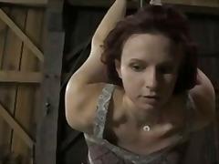 پورن: بانداژ, تنبیه بدنی