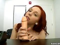 Porn: Կարմրահերներ, Մինետ, Բազմոցին, Հարցազրույց