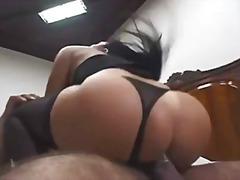 Porn: हलक में, उत्तेजक पारदर्शी वस्त्र