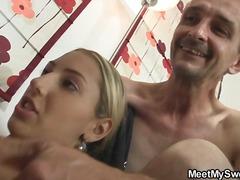 Porno: Gjyshet, Threesome, I Vjetri Dhe E Reja, Me Përvojë