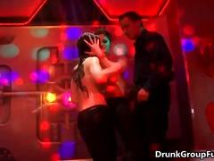 جنس: حفلة, سحاقيات, مجموعات, سكارى