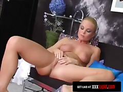 Porn: Սոլո, Ներքնազգեստ, Շեկո, Մաստուրբացիա