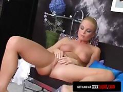 Porno: Soolo, Pitspesu, Blondid, Masturbeerimine