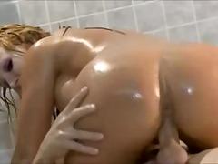 جنس: نكاح اليد, حمام, كساس حليقة, السمراوات