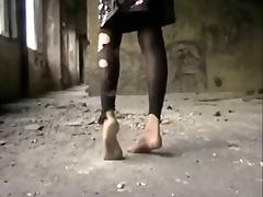 Phim sex: Mút Chân, Dơ Bẩn