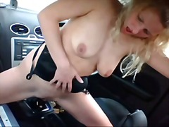 Porno: Masturbime, Ma Shiko Nga Afër, Bjondinat