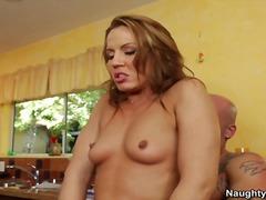 포르노: 하드코어, 떡치기, 애널섹스, 섹시한중년여성