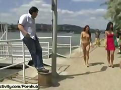 goale in public